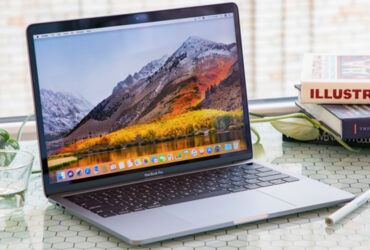 macbook-pro-13-touchbar-2019