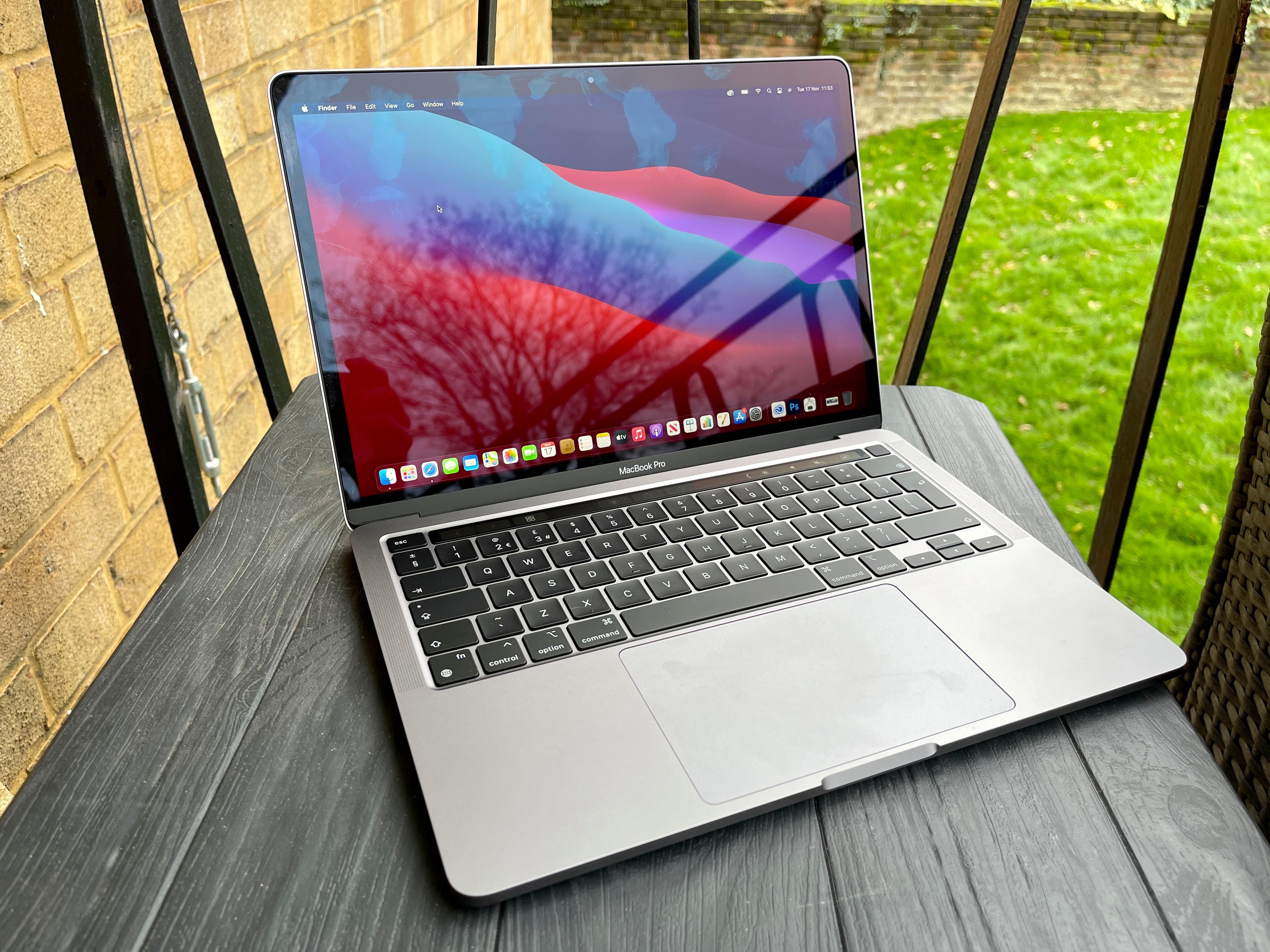 Macbook Pro 13 Inch M1 2020: Khởi Đầu Của Sự Mới Mẻ - Mac 365